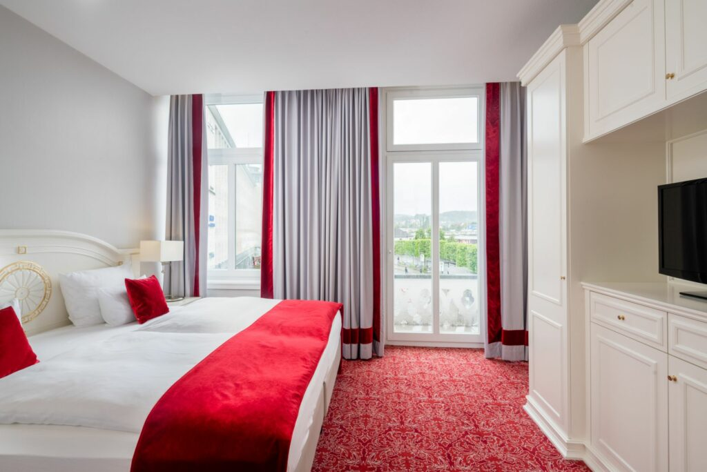 Hotelzimmer Bielefelder Hof Turmsuite Schlafzimmer
